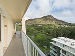 We're nestled under the iconic Diamond Head Crater