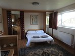 Double bedroom in the studio right on the river bank!