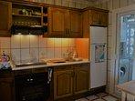 Beyond the kitchen, the 'laverdero'...