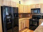 Rio Vista Log Cabin Retreat  - Kitchen appliances