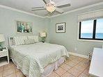 Guest Bedroom 1 - Queen