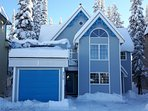 Authentic Ski Chalet on the Knoll Residential Area