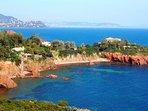 Crique sur la route de la Corniche d'or en allant vers Mandelieu/Cannes
