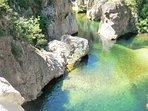 à proximité du Vallon des Etoiles : des balades en pleine nature, des baignades en rivière