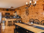 Gather for dinning for more than 10 people seating