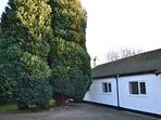 The Lodge, Hale - near village. Beautiful private accommodation