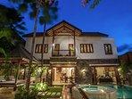 Luxury Villa Annecy Seminyak, shop/dine/beach