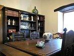 Salón de Juandiegorena II con mesa ampliable para comer 12
