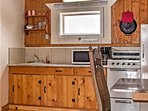 Prepare your favorite meals in the well-equipped kitchenette.