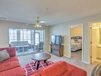 Enjoy a relaxing Branson retreat at this lovely vacation rental condo.