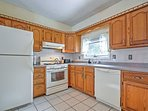 Cook a delicious meal for the group in this fully equipped kitchen.