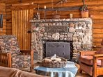 Tranquility awaits you at 'CopperLine Lodge,' a vacation rental cabin in beautiful Saratoga, Wyoming.