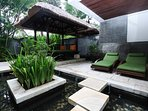 Bale - Balinese day bed with sun loungers