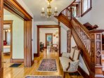 Unparalleled entryway