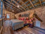 Great Romantic Hideaway in the old Hay Barn