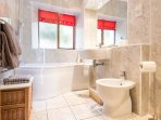 Four piece bathroom, with jacuzzi bath