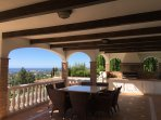 Fantastic view of the valley and the Mediterranean sea from the barbecue terrace!