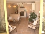 Modern sitting / dining / kitchen area