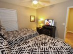 Upstairs Double Bedroom w/Two Double Beds & Flat Screen TV