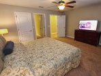 1st Upstairs King Master Bedroom w/En-Suite Bath & Flat Screen TV