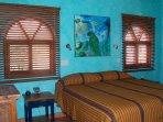 En-suite master king bedroom