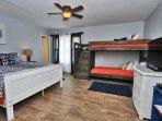 Guest Bedroom - 1 Queen, Twin Bunk Beds