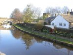 Lutinbell Cottage with direct access to the Leeds Liverpool Canal