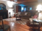 Kemah Cottage Is Very Charming- No Pet Charge!