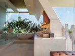 The Iman Villa - Spacious master ensuite