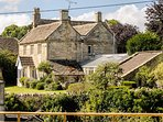 Exquisite Grade 2 Listed Cottage Near Bath