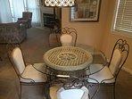 Westshore Falls 37-3B Dining Area