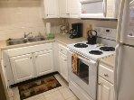 Knolls 621 Kitchen