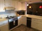 Knolls 413 Kitchen