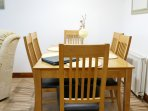 Dining table seating  6 people