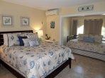 Garden View Guest Bedroom, Queen & Twin Trundle