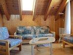 Salon avec canapé lit convertible pour 2 personnes