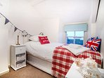 Single bedroom with truckle bed