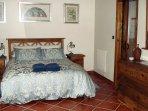 lovely comfy beds and en-suite shower.