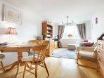 Excellent two bedroom flat in Wimbledon