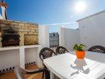 Terraza privada con ducha y barbacoa
