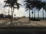 Waikiki is 10 min away by car. 'Walls' is a popular spot for sun and surf