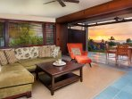 Living Room/Lanai with Sunset Ocean View