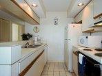 Sands 1127/1128 Kitchen