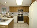 Wellington 401 Kitchen