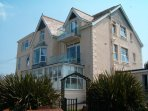 Yellow Sands  Apartments