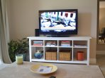 Two flatscreen TV's with cable service
