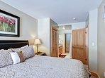 Cabinet,Furniture,Bedroom,Indoors,Room
