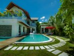 This villa offers a true sense of tropical paradise living...bliss!