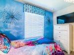 Bedroom,Indoors,Room,Art,Blanket