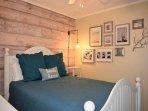 Bedroom, Indoors, Room, Banister, Handrail